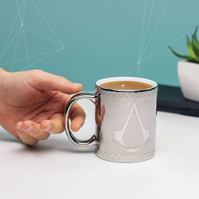 Taza Assassin's Creed logo Efecto cromado - Double Project