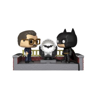 Batman 80Th POP Movie Moment Batman with Light Up Bat Signal | Double Project