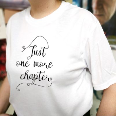 Camiseta Just One More Chapter | Double Project