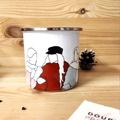 Taza vintage metálica felices, amadas y satisfechas | Double Project