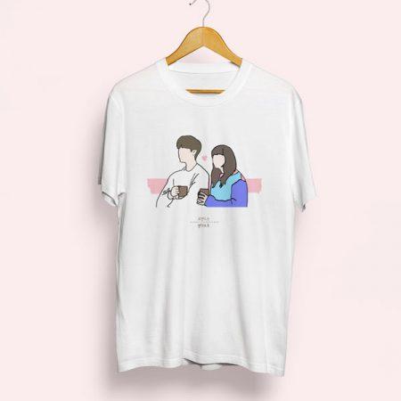 Camiseta Romance is a bonus book