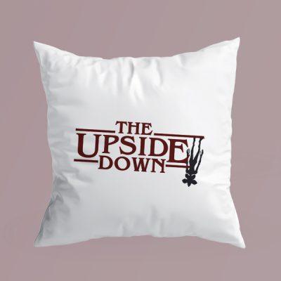Cojín The Upside Down